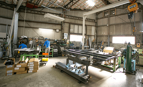 産業用ロボットの企画・設計・製造 アイズロボ株式会社 製造