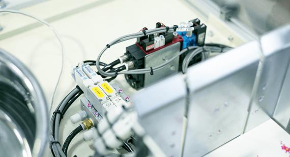 産業用ロボットの企画・設計・製造 アイズロボ株式会社 据付